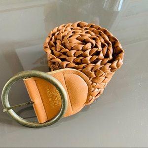 Accessories - Cute camel colored belt size medium/large